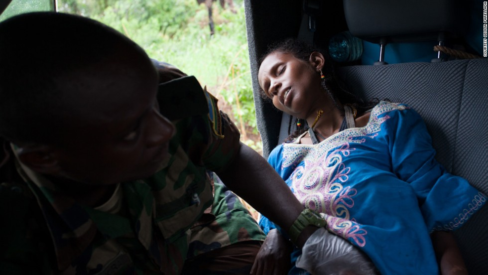 Mother shot on road to safety amid Central African .