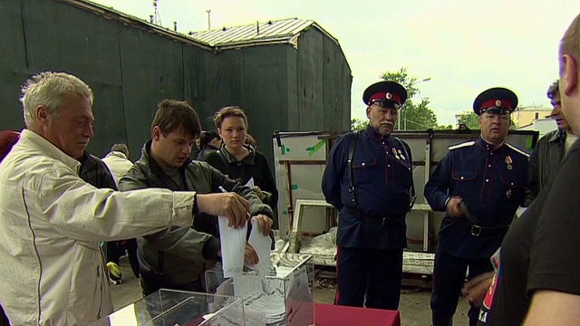 Ukraine expats vote in Moscow