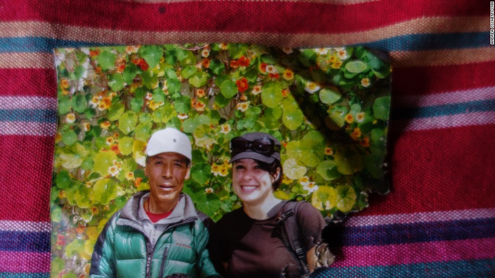 The only photograph of deceased Sherpa Ang Tshiring left in his family's home shows him together with a trekking client. The family sent his pictures, together with rice, butter and salt, to several monasteries to request monks perform puja (prayers) in his memory.