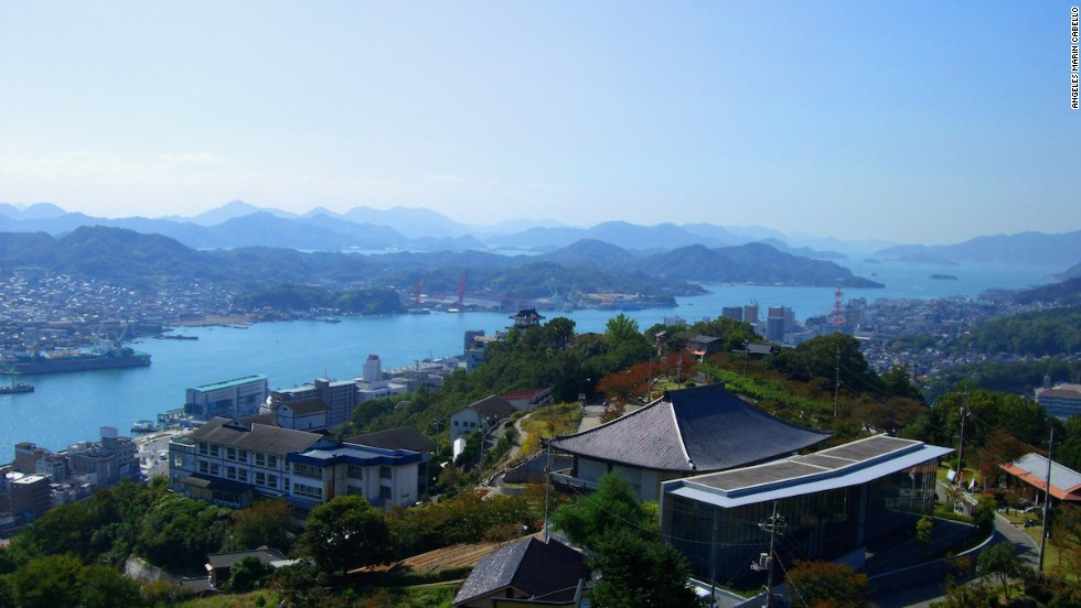 The town of Onomichi, viewed from Senkoji Park.