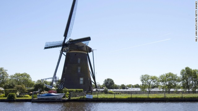 to fight climate change, New York goes Dutch
