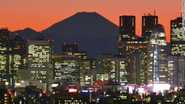 Could casinos lift Tokyo's economy? Most analysts say legalized gambling would be be a multibillion dollar industry in Japan.