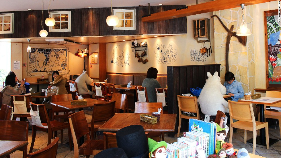 No need to scroll self-consciously on your phone while dining alone here. Moomins come around to every table, whether you're alone or in a group.