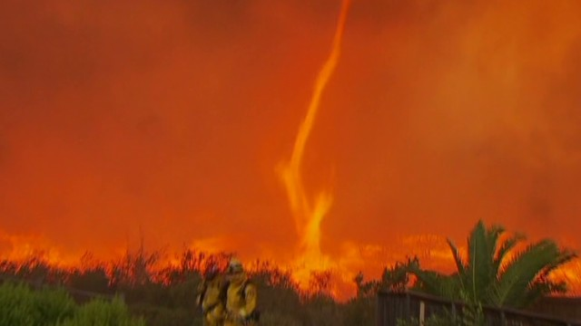 Bizarre fire tornado forms in wildfire