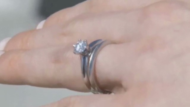 dnt Tiffanys engagement ring lost found beach_00014327.jpg