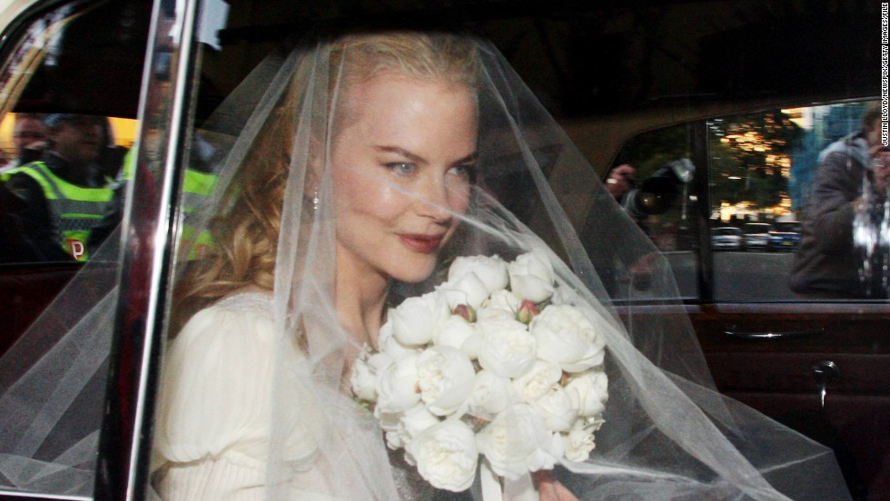 "Just because it was Nicole Kidman's second wedding didn't mean the Oscar winner spared any expense when she wed country singer Keith Urban in 2006. <a href=""http://www.news.com.au/entertainment/celebrity-life/photos-fn907478-1226116791775?page=1"" target=""_blank"">The couple reportedly spent $250,000 on the event, including her $20,000 Balenciaga gown. </a>"