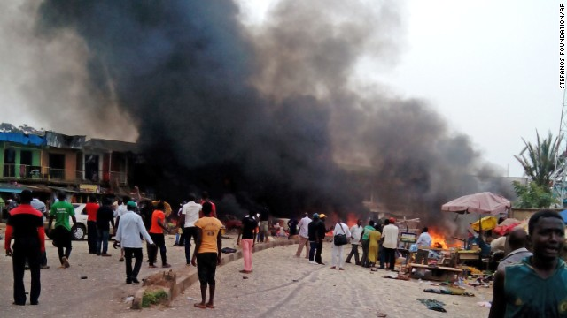 Car bombs kill over 100 in Nigeria