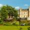 08 Royal retreats