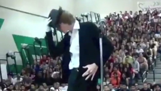 mxp teen's michael jackson moves go viral_00001320.jpg