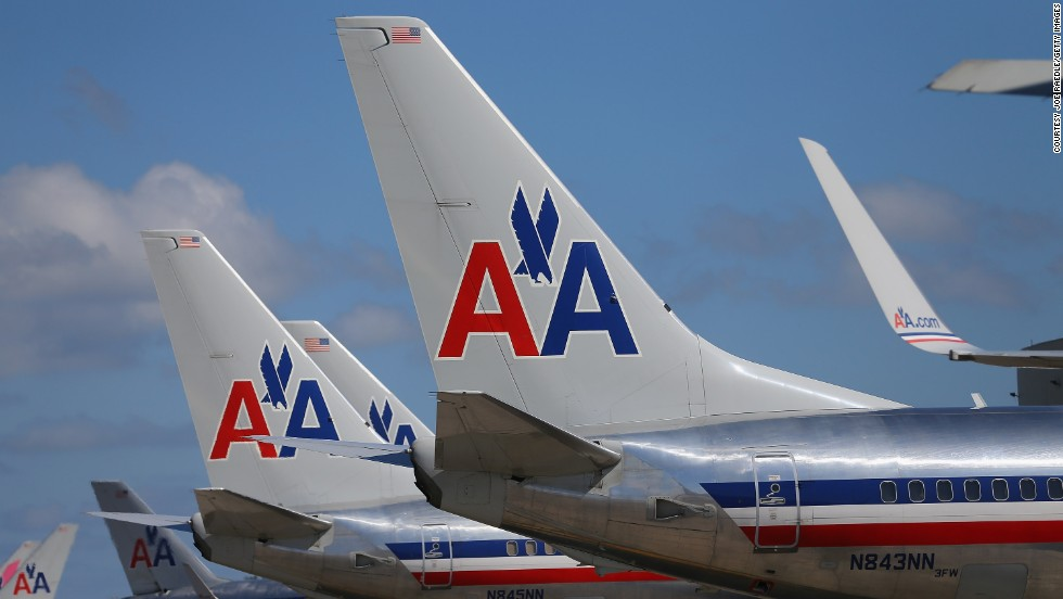 1981: American Airlines is recognized as being the first airline to offer the industry's first frequent flyer program with AAdvantage.