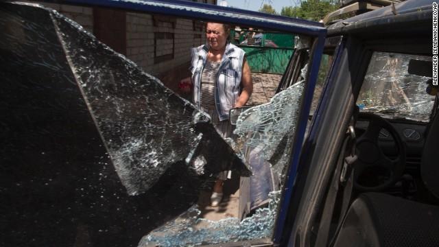 Explosions are precursor to Ukraine vote