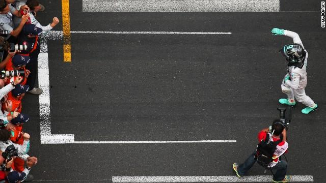 Nico Rosberg won the Monaco GP to go top of the drivers' standings.