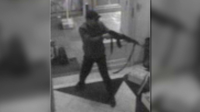 Video shows Jewish Museum gunman