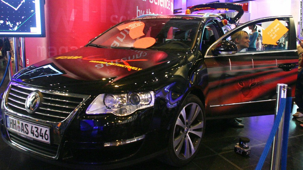 Another DARPA Urban Challenge driverless car, the Volkswagen Passat 2.0 TDI, is showcased at the Science Museum in London in 2007. The car is guided by a system of laser sensors and computers.