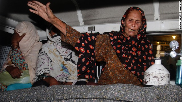 Pregnant Pakistani woman stoned to death