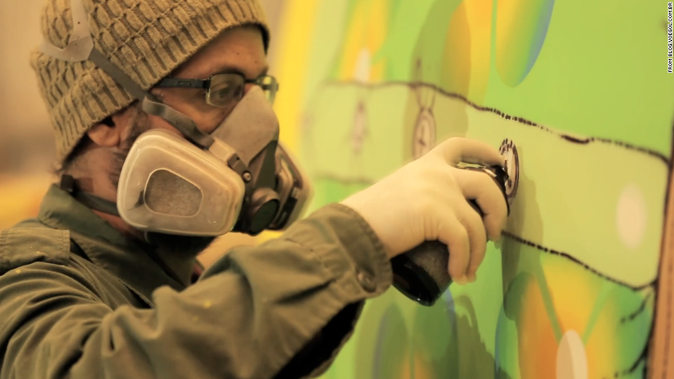 The artists used approximately 1,200 cans of spray paint for the job.