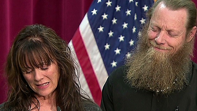 Bergdahl's mother reads emotional letter