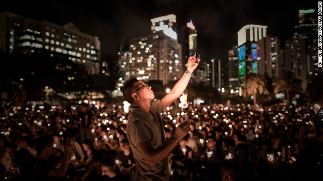 Thousands attend Tiananmen vigil in HK