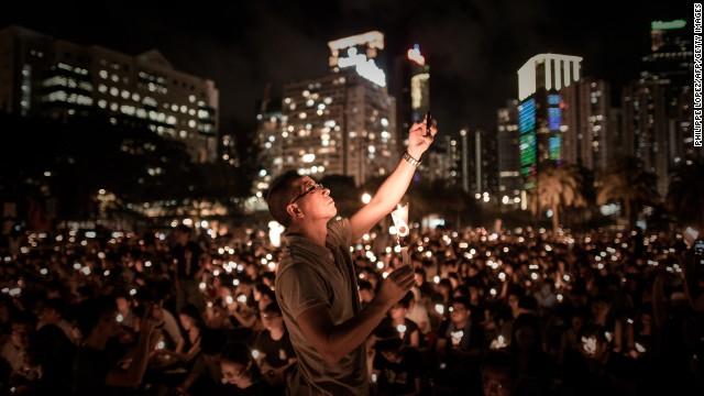 Thousands attend Tiananmen vigil in HK