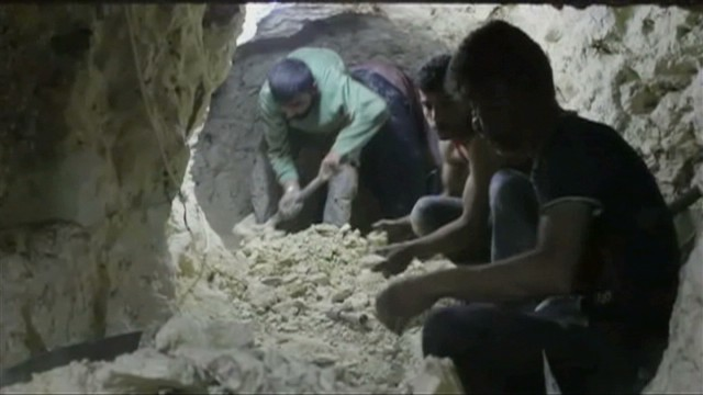 pkg paton walsh syria rebel underground_00004124.jpg