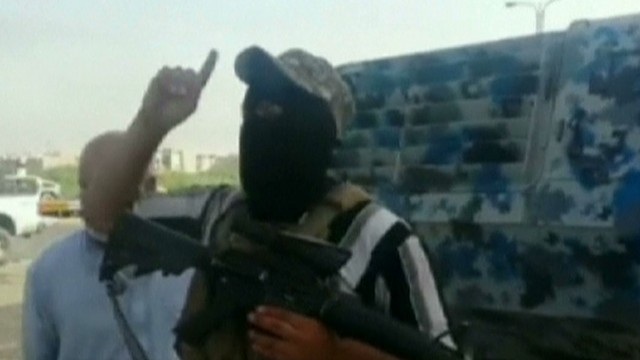 'Terrorists gain ground in Iraq fighting' from the web at 'http://i2.cdn.turner.com/cnnnext/dam/assets/140611183952-tsr-dnt-sciutto-iraq-terrorists-gain-ground-00014213-story-top.jpg'
