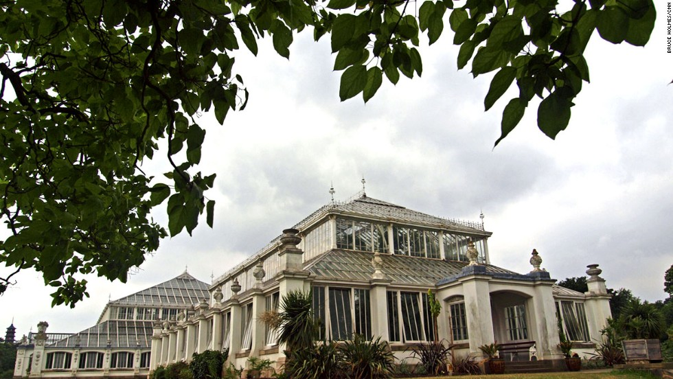 At London's Royal Botanic Gardens, the Temperate House is the world's largest surviving Victorian glass structure. The iron-framed greenhouse was built in the 19th century.