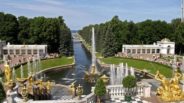You can spot the Versailles influence at Peterhof Palace Garden.