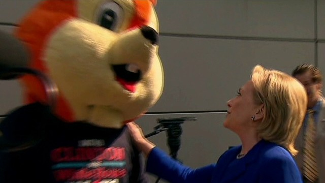 tsr clinton greets squirrel protestor_00001029.jpg