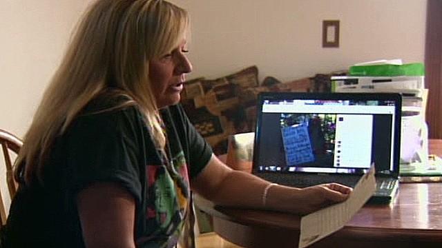 pkg woman anonymous letter facebook reunion_00001018.jpg