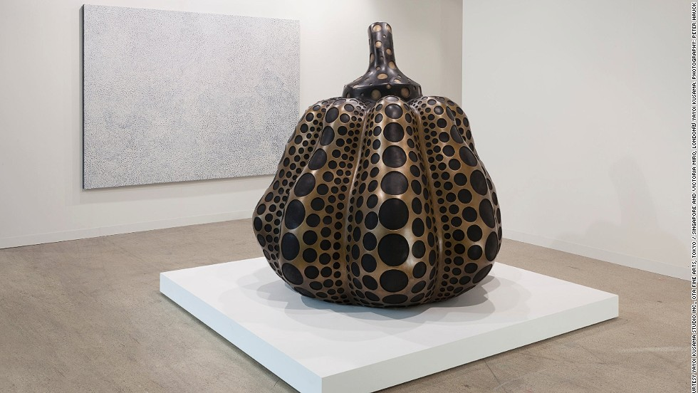 "<em>""Pumpkin (M)"" (2014) by Japanese artist Yayoi Kusama</em><br /><br />One of the highlights of this year was a project named <a href=""http://www.14rooms.net/"" target=""_blank"">14 rooms</a>, where artists were asked to create different situations to which visitors could be exposed to. In one room people were encouraged to touch each other in the dark, and in another they had to weave their way through a group of marching dancers to reach the wall opposite them. Seen above is Japanese artist <a href=""http://www.yayoi-kusama.jp/e/information/"" target=""_blank"">Yayoi Kusama's</a> sculpture which resembles a giant bronze pumpkin."