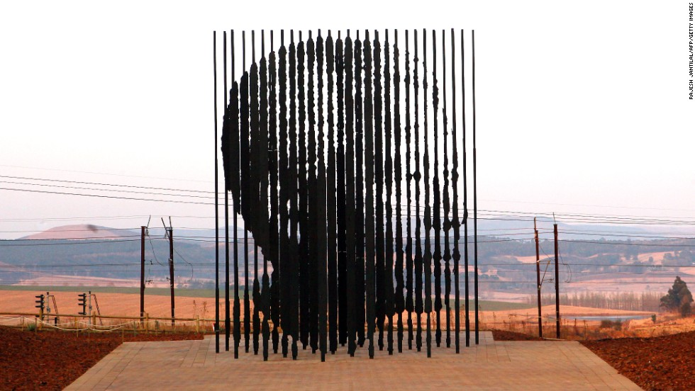 The winding roads through this pretty farming area have become home to top restaurants, quaint cafes, art galleries and guesthouses. The Capture Site marks the spot where Nelson Mandela was arrested in 1962.