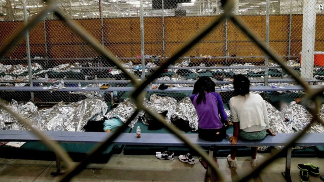 Mayor: 1,500 undocumented crossings daily