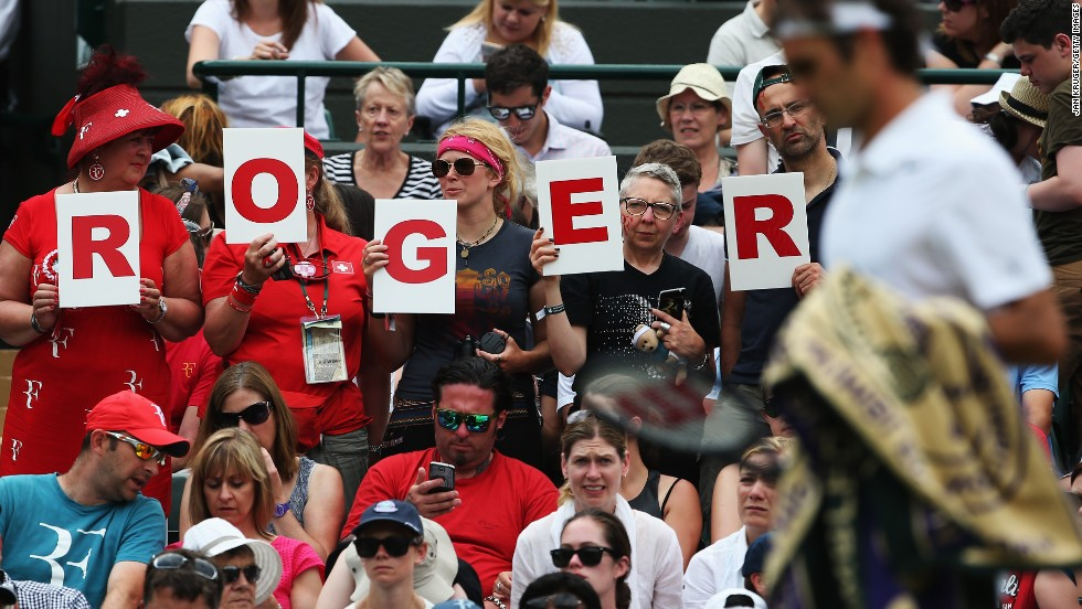 Fans of Federer show their support for him during his match with Lorenzi.
