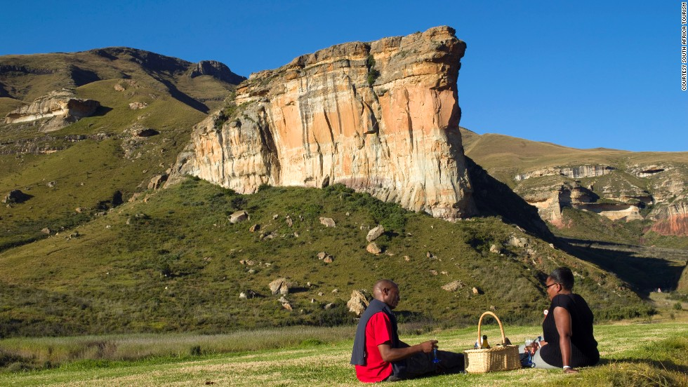 The Golden Gate Highlands National Park in Free State -- great place for a picnic.