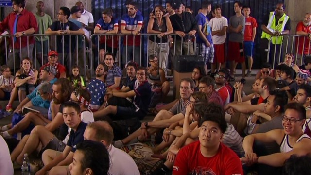 Fans ditch work to watch World Cup game