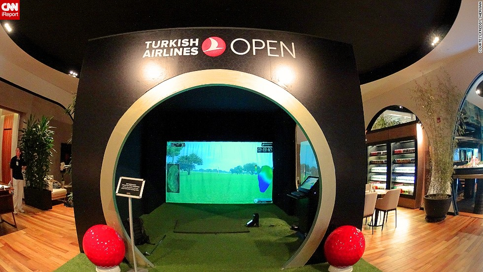 Some of our readers were so enamored with the airport lounge that they didn't need to find ways to entertain themselves. Travel blogger Freddy Sherman was particularly smitten with the CIP Lounge at Istanbul's Ataturk Airport, which boasts a golf simulator among its many amenities.