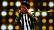Video de unos jóvenes hace llorar a Bruno Mars