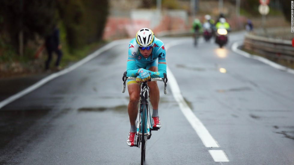 Vincenzo Nibali came third in the 2012 Tour de France and won the 2013 Giro D'Italia. With a strong team behind him and incredible descending skills, the 'Shark from Messina' could leave Froome and Contador chasing his shadow.