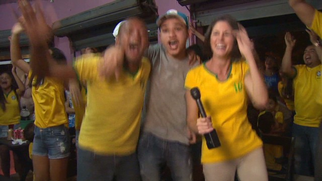 darlington brazil fans_00014621.jpg