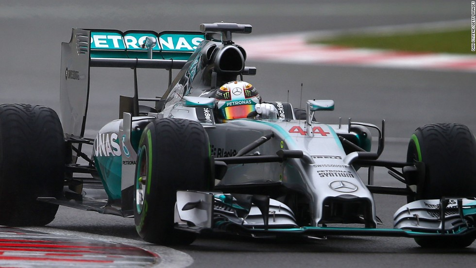 Hamilton in splendid isolation after Rosberg's retirement handed him a golden opportunity.