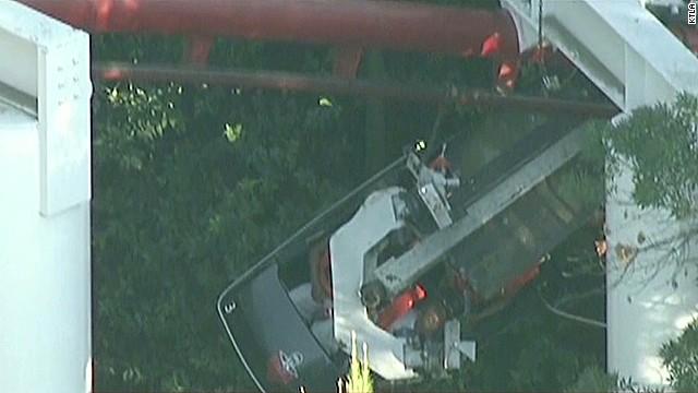 dnt KTLA pereira roller coaster derailment los angeles _00000217.jpg
