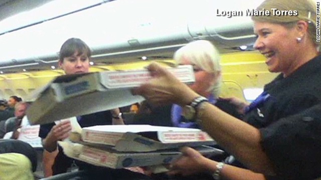 mxp pilot buys pizza for passengers_00005225.jpg