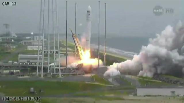 vo nasa resupply mission launch_00001206.jpg