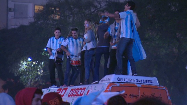Argentina fans party despite loss