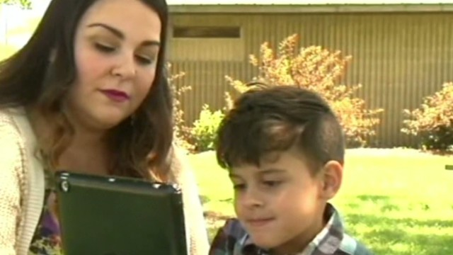 four year old uses FaceTime to help save his mom Good stuff newday _00002120.jpg