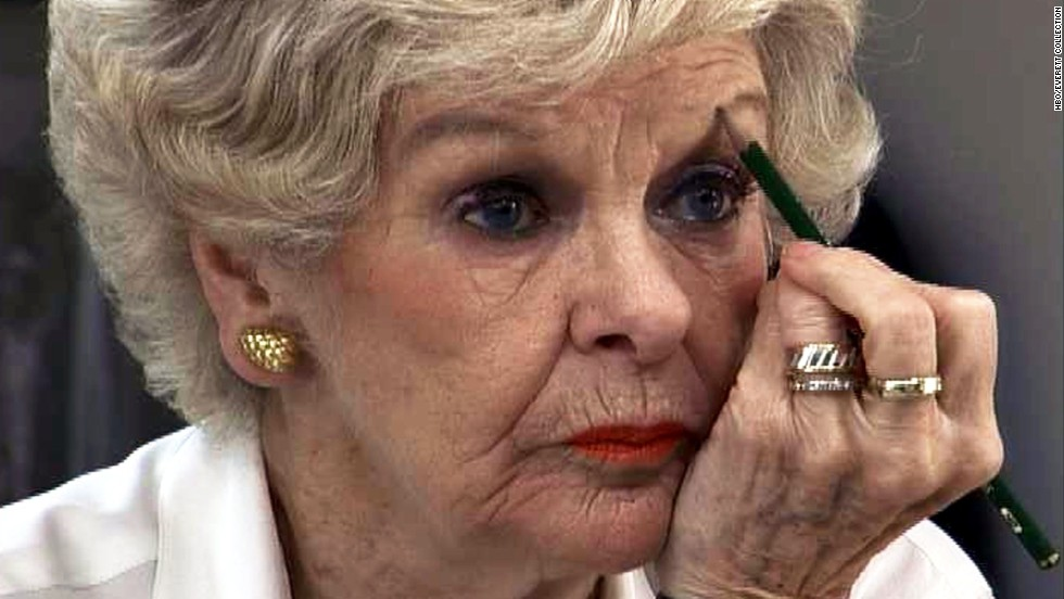 """Stritch performed in her acclaimed one-woman play, """"Elaine Stritch at Liberty"""" in 2004."""