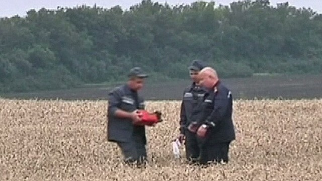 Video appears to show black box from MH17