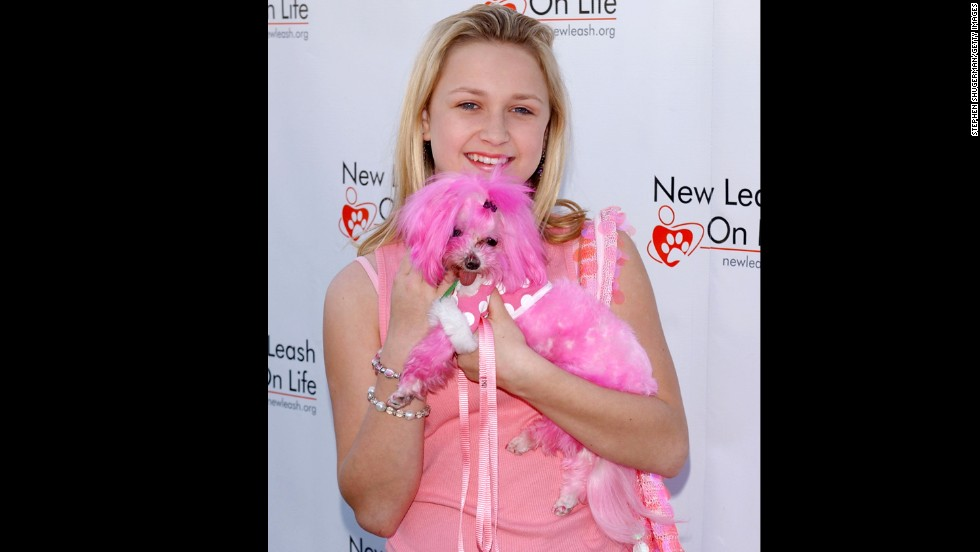 "Bartusiak and her dog Pippa attend the 4th Annual ""Nuts For Mutts"" dog show and pet adoption at Pierce College on April 3, 2005, in Woodland Hills, California."