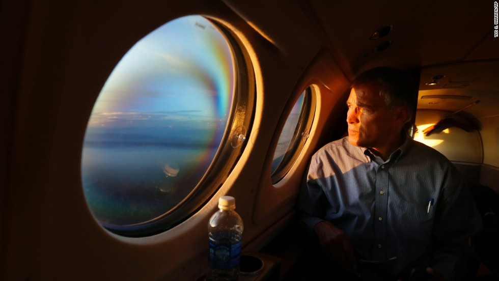 "As the sun sets Friday, July 18, Washington Gov. Jay Inslee looks out his airplane window and sees smoke from the Chiwaukum Creek Fire near Leavenworth, Washington. Inslee was returning from a tour of areas affected by <a href=""http://www.cnn.com/2014/07/23/us/gallery/pacific-northwest-wildfires/index.html"">wildfires in the Pacific Northwest.</a>"