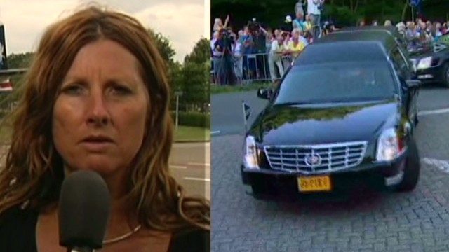 MH17 victim's mom makes plea to Putin